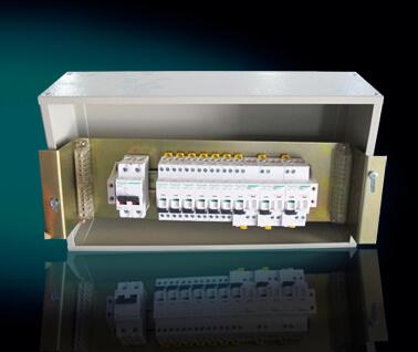 PZ30配电箱